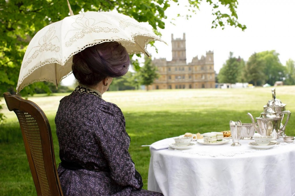 The Dowager Countess has perfect posture, always. Photo credit:  Carnival Films & Television???? fanpop-check