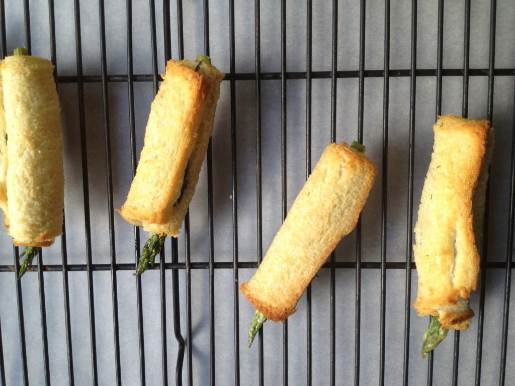Asparagus rolls toasted