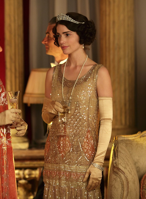 downton-lady-dudley-dress